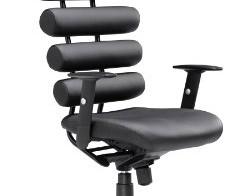 Biure tik geros kėdės